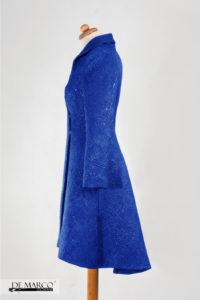 Piękny szafirowy płaszcz