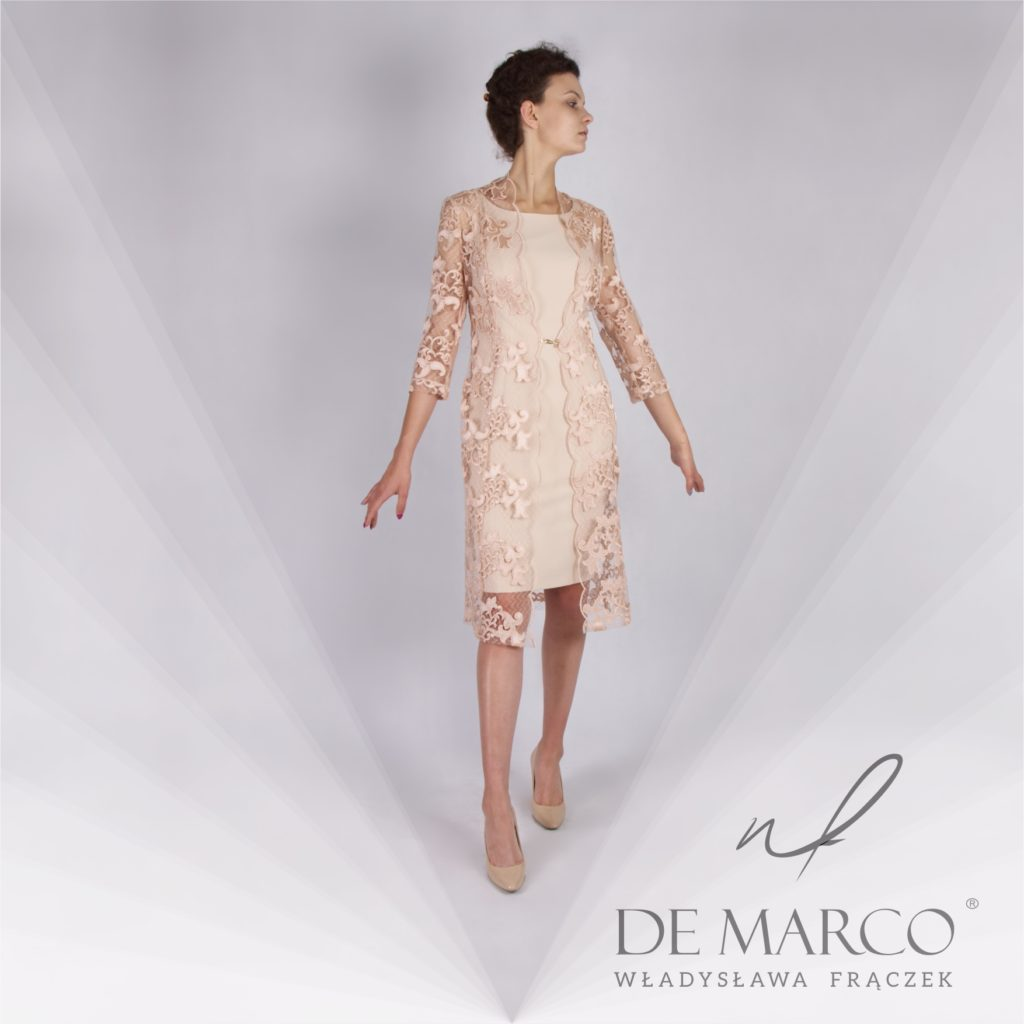Ekskluzywna sukienka z płaszczykiem na wesele dla mamy. Szycie na miarę on-line w sklepie internetowym De Marco.