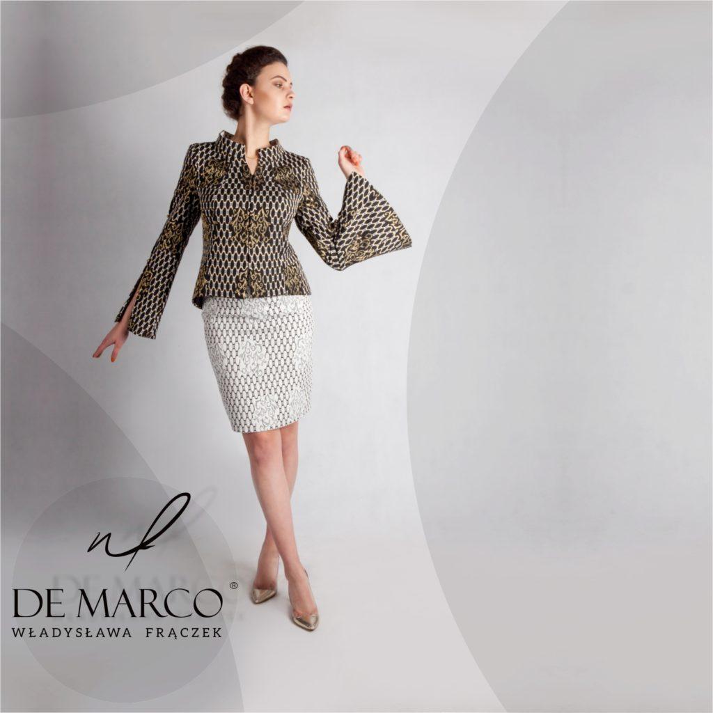 Ekskluzywna odzież damska szyta na miarę u polskiej projektantki z Frydrychowic. Piękny żakardowy kostium damski idealny na eleganckie przyjęcie weselne. De Marco kostiumy damski i garsonki na najwyższym poziomie.