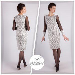 Wizytowa sukienka z bogato zdobionej żakardowej tkaniny. Elegancka i stylowa sukienka na każdą okazję. Sklep internetowy De Marco.