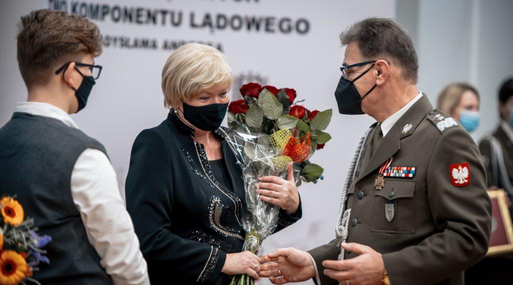 w Centrum Operacji Lądowych - Dowództwie Komponentu Lądowego (COLąd - DKL), odbyła się ceremonia przekazania obowiązków Dowódcy COLąd-DKL.