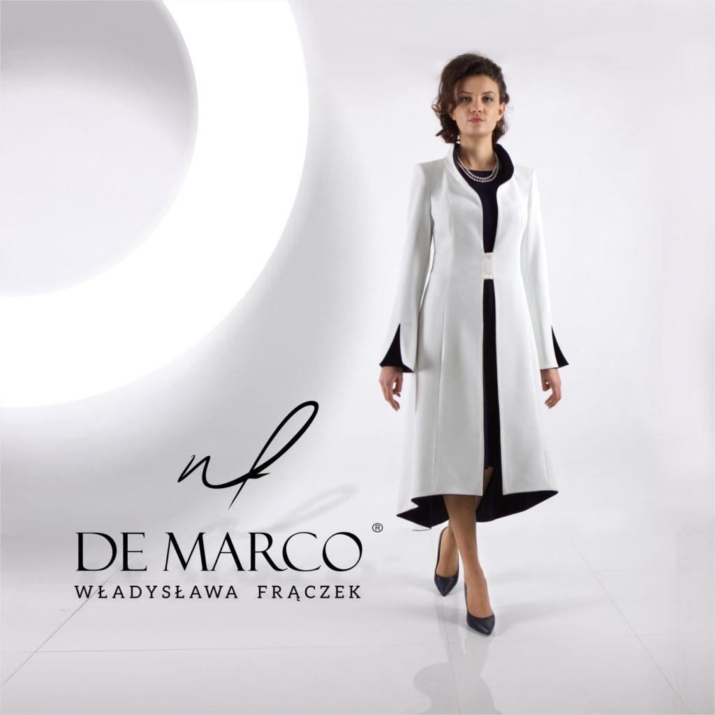 Mama Wesela w sukience i płaszczyku od projektantki z De Marco